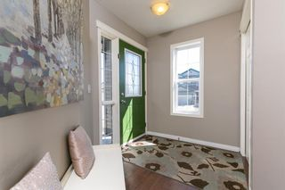 Photo 2: 87 Everhollow Crescent SW in Calgary: Evergreen Detached for sale : MLS®# A1093373