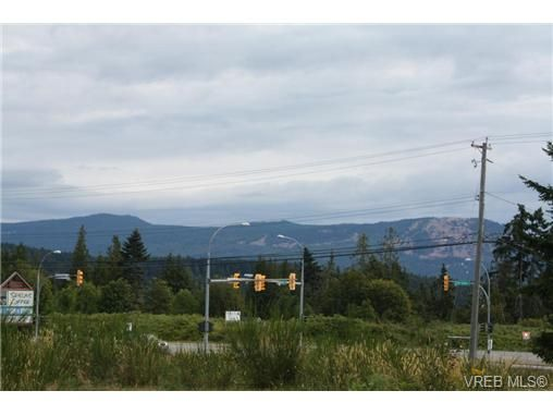 Photo 13: Photos: 2490 Trans Canada Hwy in COBBLE HILL: ML Mill Bay Retail for sale (Malahat & Area)  : MLS®# 736684