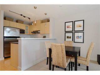 "Photo 5: 406 124 W 1ST Street in North Vancouver: Lower Lonsdale Condo for sale in ""THE Q"" : MLS®# V1103979"