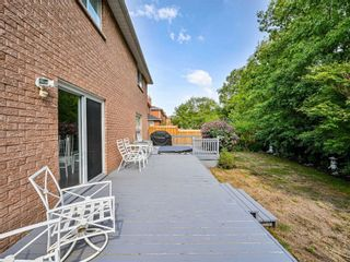 Photo 6: 452 Hedgerow Lane in Oakville: Iroquois Ridge North House (2-Storey) for sale : MLS®# W5355306