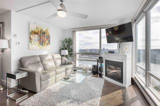 Photo 3: 1906 1201 MARINASIDE CRESCENT in Vancouver: Yaletown Condo for sale (Vancouver West)  : MLS®# R2582285