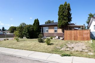 Photo 18: 804 RUNDLECAIRN Way NE in Calgary: Rundle Detached for sale : MLS®# A1124581