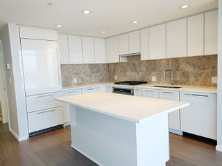 """Photo 8: 2806 6700 DUNBLANE Avenue in Burnaby: Metrotown Condo for sale in """"Vittorio"""" (Burnaby South)  : MLS®# R2545720"""