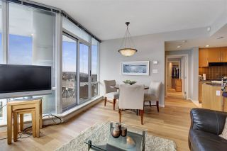 "Photo 11: 1802 638 BEACH Crescent in Vancouver: Yaletown Condo for sale in ""Icon"" (Vancouver West)  : MLS®# R2538936"