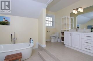 Photo 35: 720 LINCOLN Avenue in Niagara-on-the-Lake: House for sale : MLS®# 40142205