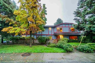 Photo 1: 406 CUMBERLAND Street in New Westminster: Fraserview NW House for sale : MLS®# R2411657