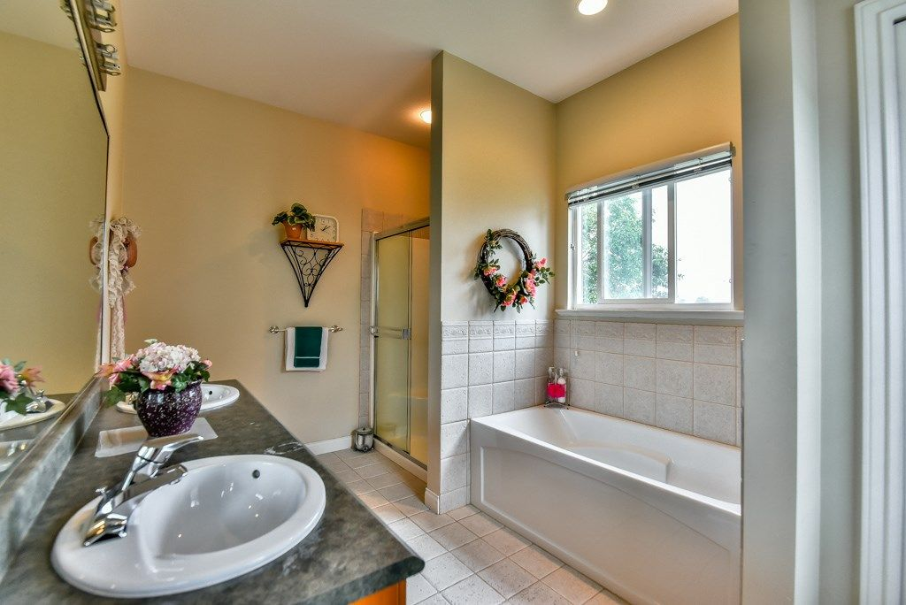 Photo 12: Photos: 12193 201 Street in Maple Ridge: Northwest Maple Ridge House for sale : MLS®# R2072320
