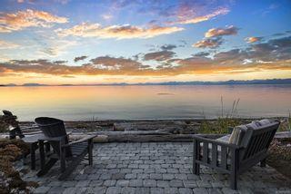 Photo 2: 10 1310 Wilkinson Rd in : CV Comox Peninsula House for sale (Comox Valley)  : MLS®# 872725