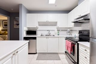 """Photo 2: 307 1128 SIXTH Avenue in New Westminster: Uptown NW Condo for sale in """"KINGSGATE"""" : MLS®# R2541113"""