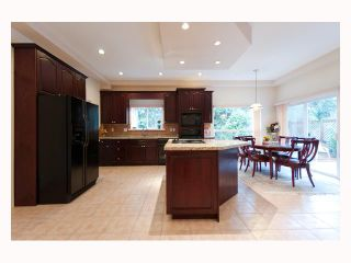Photo 5: 969 SAUVE Court in North Vancouver: Braemar House for sale : MLS®# V818738