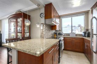 """Photo 8: 603 540 LONSDALE Avenue in North Vancouver: Lower Lonsdale Condo for sale in """"GROSVENOR PLACE"""" : MLS®# R2171024"""