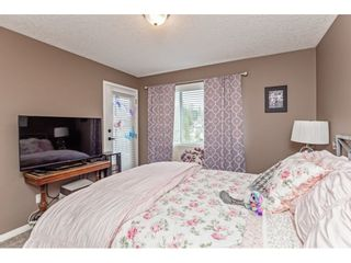 """Photo 24: 147 4001 OLD CLAYBURN Road in Abbotsford: Abbotsford East Townhouse for sale in """"CEDAR SPRINGS"""" : MLS®# R2555932"""
