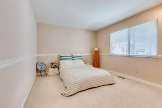 """Photo 26: 8217 WOODLAKE Court in Burnaby: Government Road House for sale in """"GOVERNMENT ROAD AREA"""" (Burnaby North)  : MLS®# R2159294"""