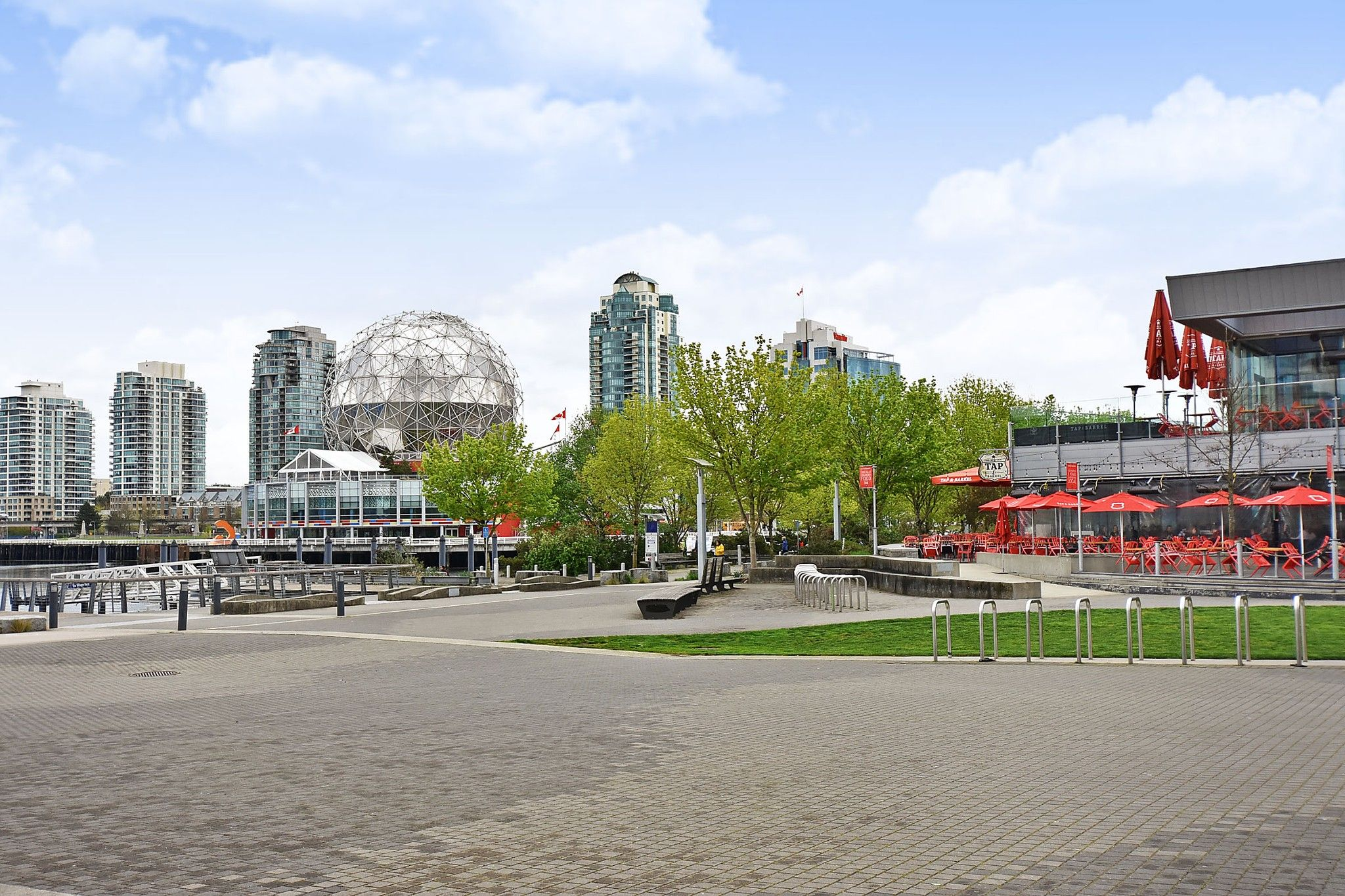"""Photo 21: Photos: 306 138 W 1ST Avenue in Vancouver: False Creek Condo for sale in """"WALL CENTRE FALSE CREEK"""" (Vancouver West)  : MLS®# R2360592"""