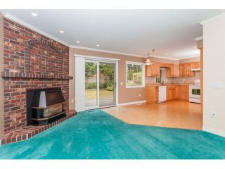 """Photo 5: 1861 129A Street in Surrey: Crescent Bch Ocean Pk. House for sale in """"Ocean Park"""" (South Surrey White Rock)  : MLS®# F1451019"""