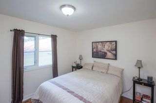 Photo 21: 127 Wedgewood Drive SW in Calgary: Wildwood Detached for sale : MLS®# A1056789