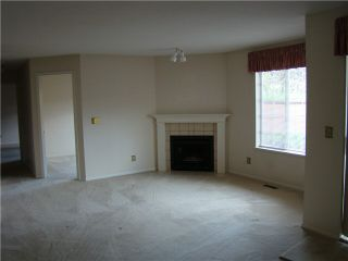 """Photo 2: 6 5760 174TH Street in Surrey: Cloverdale BC Townhouse for sale in """"STETSON VILLAGE"""" (Cloverdale)  : MLS®# F1313653"""