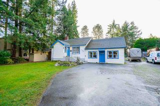 Photo 1: 1868 LILAC Drive in Surrey: King George Corridor House for sale (South Surrey White Rock)  : MLS®# R2527839
