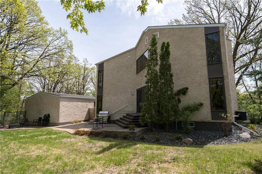 Photo 32: Photos: 97 Woodlawn Avenue in Winnipeg: Residential for sale (2C)  : MLS®# 202011539