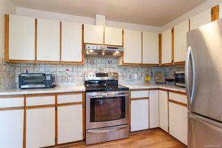 Photo 11: 1123 Munro St in Esquimalt: Es Saxe Point Half Duplex for sale : MLS®# 842474