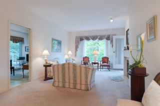 """Photo 5: 301 5262 OAKMOUNT Crescent in Burnaby: Oaklands Condo for sale in """"Sr. Andrews in the Oaklands"""" (Burnaby South)  : MLS®# R2271001"""