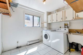 """Photo 17: 4492 NW MARINE Drive in Vancouver: Point Grey House for sale in """"Point Grey"""" (Vancouver West)  : MLS®# R2463689"""