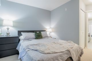 "Photo 13: 117 700 KLAHANIE Drive in Port Moody: Port Moody Centre Condo for sale in ""Baordwalk"" : MLS®# R2441263"