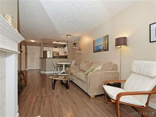 Photo 6: 306 971 McKenzie Ave in VICTORIA: SE Quadra Condo for sale (Saanich East)  : MLS®# 696676