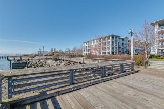 """Photo 18: 112 4500 WESTWATER Drive in Richmond: Steveston South Condo for sale in """"COPPER SKY WEST"""" : MLS®# R2443316"""