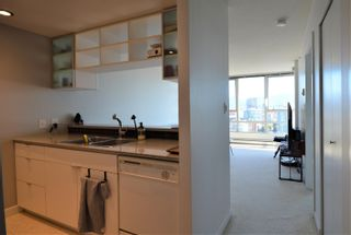 """Photo 7: 3107 928 BEATTY Street in Vancouver: Yaletown Condo for sale in """"THE MAX"""" (Vancouver West)  : MLS®# R2614370"""