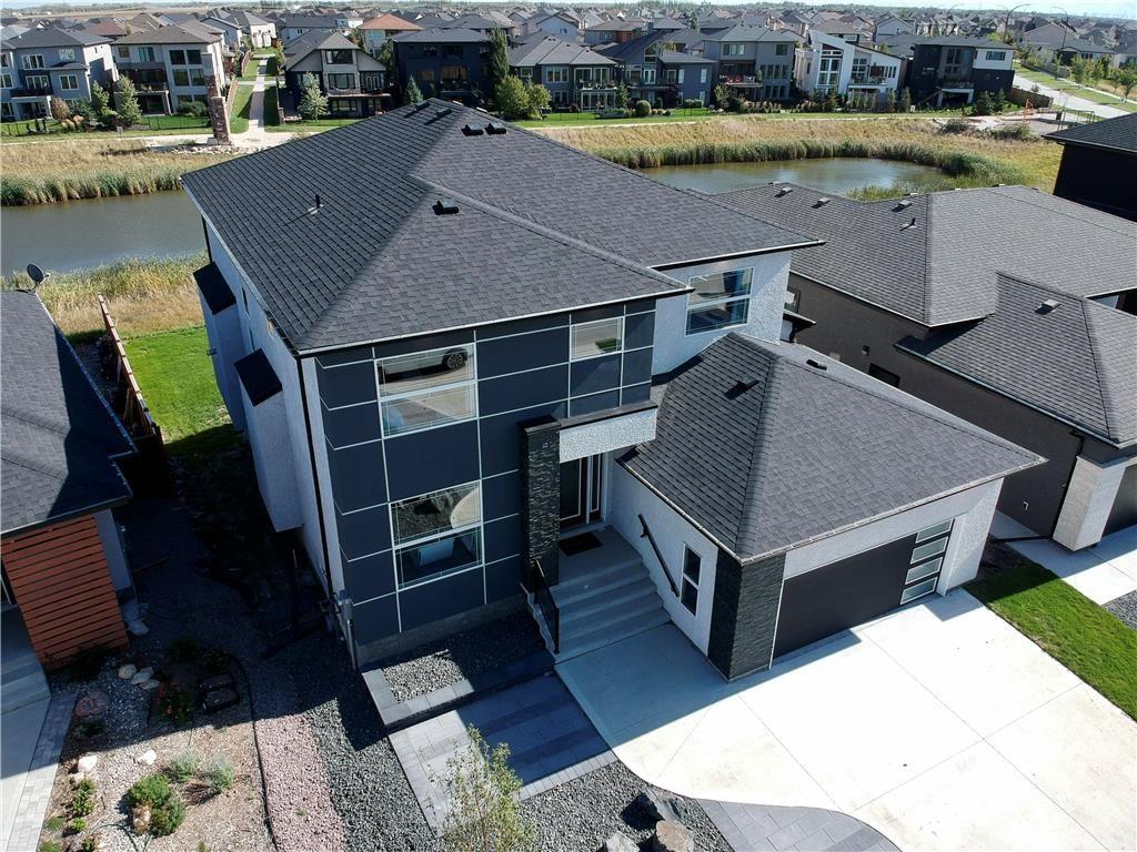 Main Photo: 23 West Plains Drive in Winnipeg: Sage Creek Residential for sale (2K)  : MLS®# 202121370