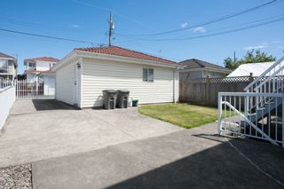 Photo 12: 6162 COMMERCIAL Street in Vancouver: Killarney VE House for sale (Vancouver East)  : MLS®# R2102091