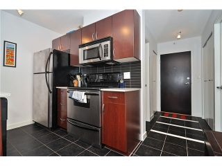 Photo 4: # 1332 938 SMITHE ST in Vancouver: Downtown VW Condo for sale (Vancouver West)  : MLS®# V1035415