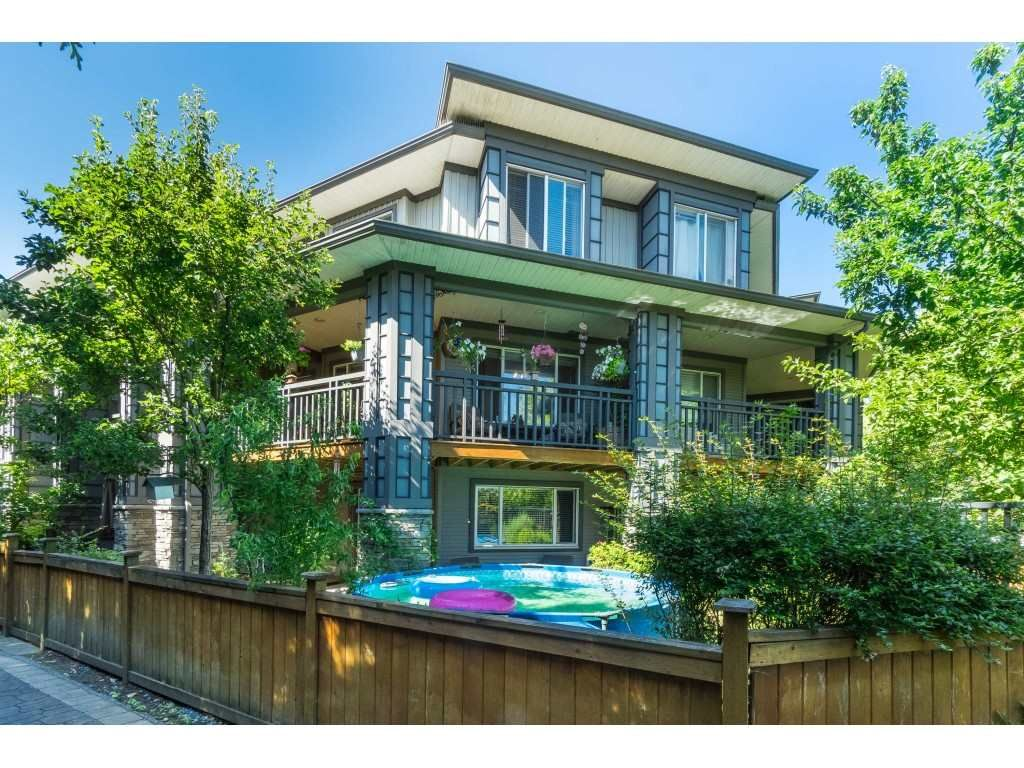 """Main Photo: 185 18701 66 Avenue in Surrey: Cloverdale BC Townhouse for sale in """"ENCORE at HILLCREST"""" (Cloverdale)  : MLS®# R2495999"""