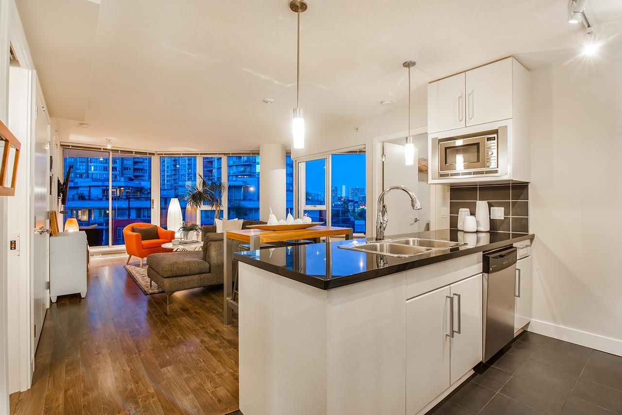 """Photo 10: Photos: 702 689 ABBOTT Street in Vancouver: Downtown VW Condo for sale in """"ESPANA"""" (Vancouver West)  : MLS®# R2352723"""