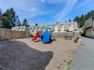 """Photo 14: 1236 PREMIER Street in NORTH VANC: Lynnmour Townhouse for sale in """"LYNNMOUR VILLAGE"""" (North Vancouver)  : MLS®# R2006636"""