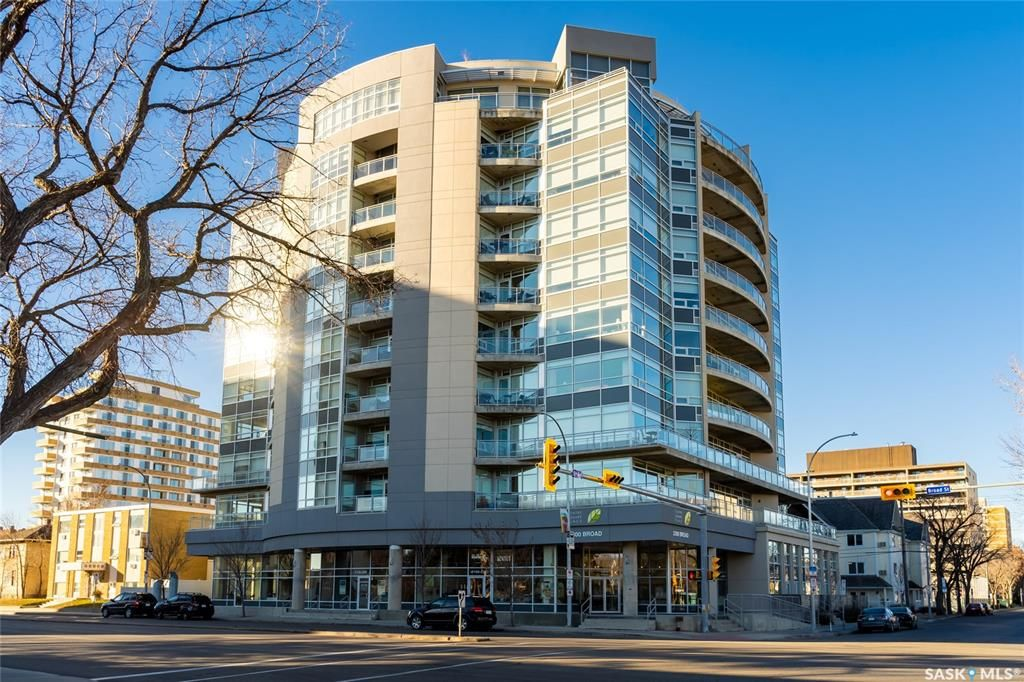 Main Photo: 203 2300 Broad Street in Regina: Transition Area Residential for sale : MLS®# SK831468