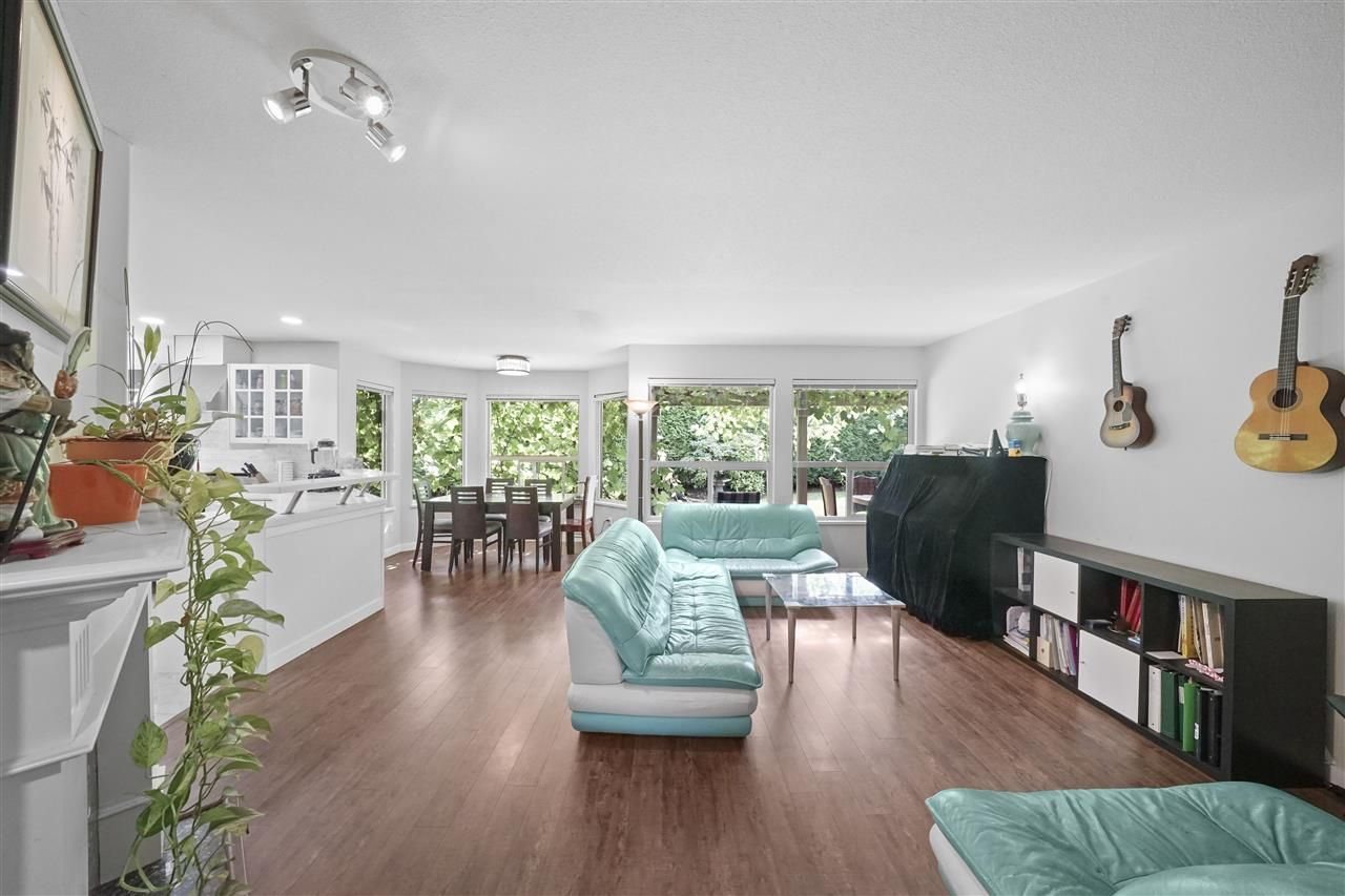 """Photo 15: Photos: 5268 CLIPPER Place in Delta: Neilsen Grove House for sale in """"MARINA GARDENS"""" (Ladner)  : MLS®# R2396213"""
