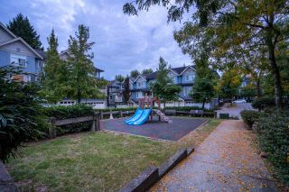 """Photo 36: 94 6575 192 Street in Surrey: Clayton Townhouse for sale in """"IXIA"""" (Cloverdale)  : MLS®# R2502257"""