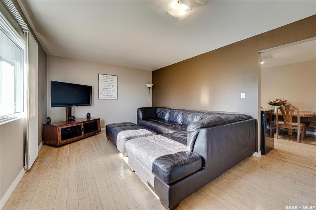 Photo 5: Photos: 207 Islay Street in Colonsay: Residential for sale : MLS®# SK851603
