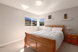 """Photo 24: 41434 GOVERNMENT Road in Squamish: Brackendale House for sale in """"BRACKENDALE"""" : MLS®# R2583348"""