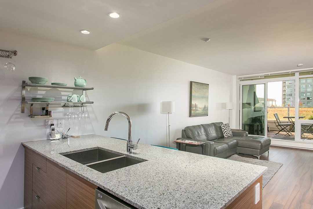 """Main Photo: 318 135 E 17TH Street in North Vancouver: Central Lonsdale Condo for sale in """"LOCAL"""" : MLS®# R2117123"""