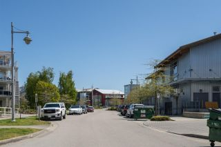 """Photo 27: 408 4111 BAYVIEW Street in Richmond: Steveston South Condo for sale in """"THE VILLAGE"""" : MLS®# R2455137"""