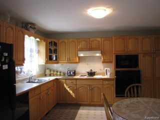 Photo 7: 1286 Leila Avenue in WINNIPEG: Maples / Tyndall Park Residential for sale (North West Winnipeg)  : MLS®# 1420267