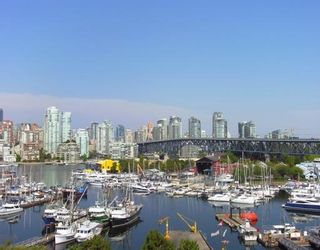 "Photo 1: 504 1490 PENNYFARTHING Drive in Vancouver: False Creek Condo for sale in ""HARBOUR COVE"" (Vancouver West)  : MLS®# V844891"