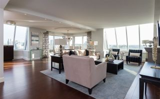 Photo 3: 1020 Harwood Street in Vancouver: Downtown VW Condo for sale (Vancouver West)  : MLS®# R2399808