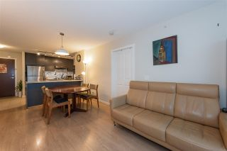 "Photo 3: 605 6688 ARCOLA Street in Burnaby: Highgate Condo for sale in ""LUMA BY POLYGON"" (Burnaby South)  : MLS®# R2370239"