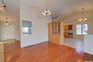 Photo 3: 100 6th Street North in Martensville: Residential for sale : MLS®# SK838358