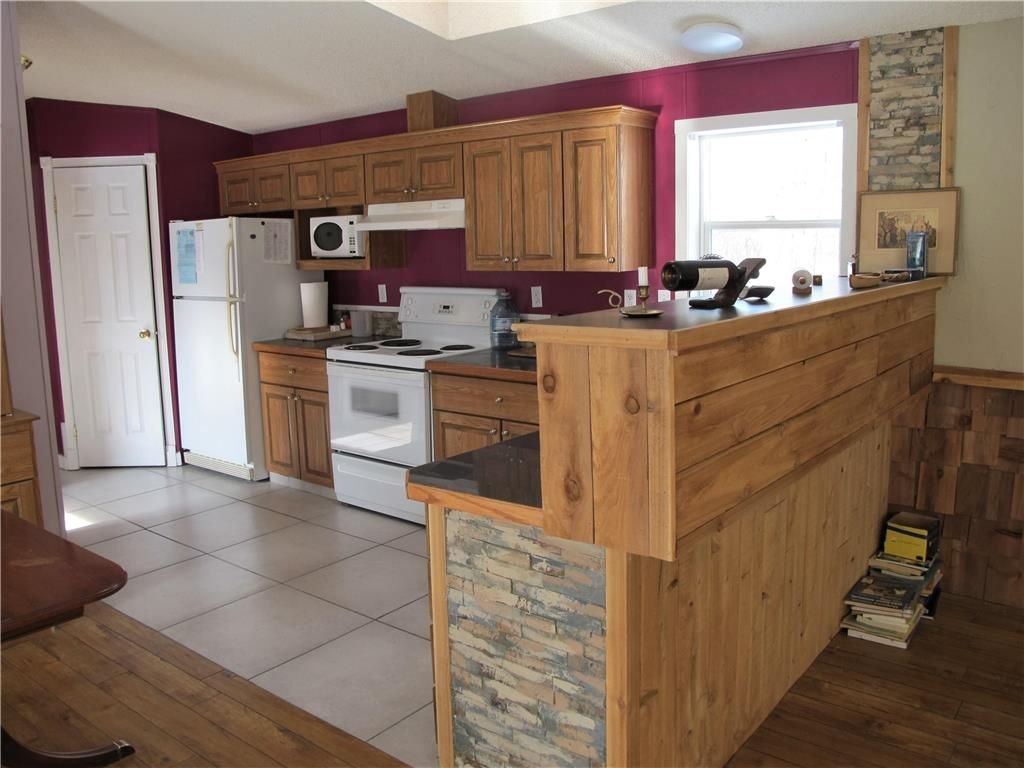 Photo 14: Photos: : St Laurent Residential for sale (R19)  : MLS®# 1905086