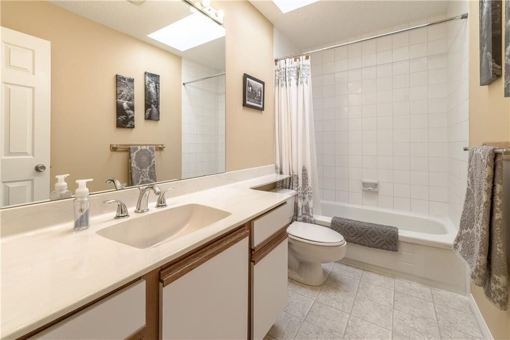 Photo 39: Photos: 248 WOOD VALLEY Bay SW in Calgary: Woodbine Detached for sale : MLS®# C4211183